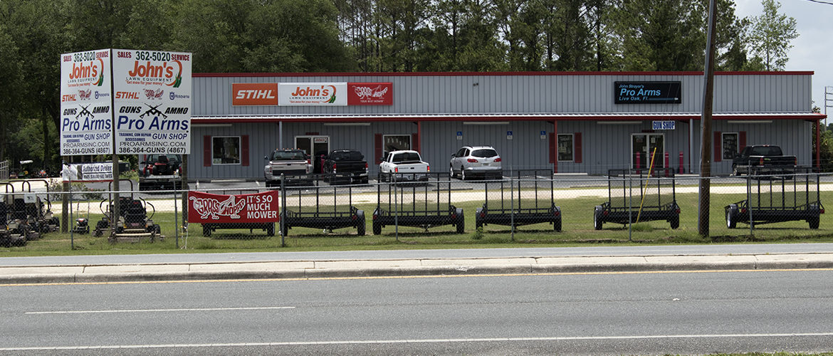 Outside View of Pro Arms Gun Shop in Live Oak, FL